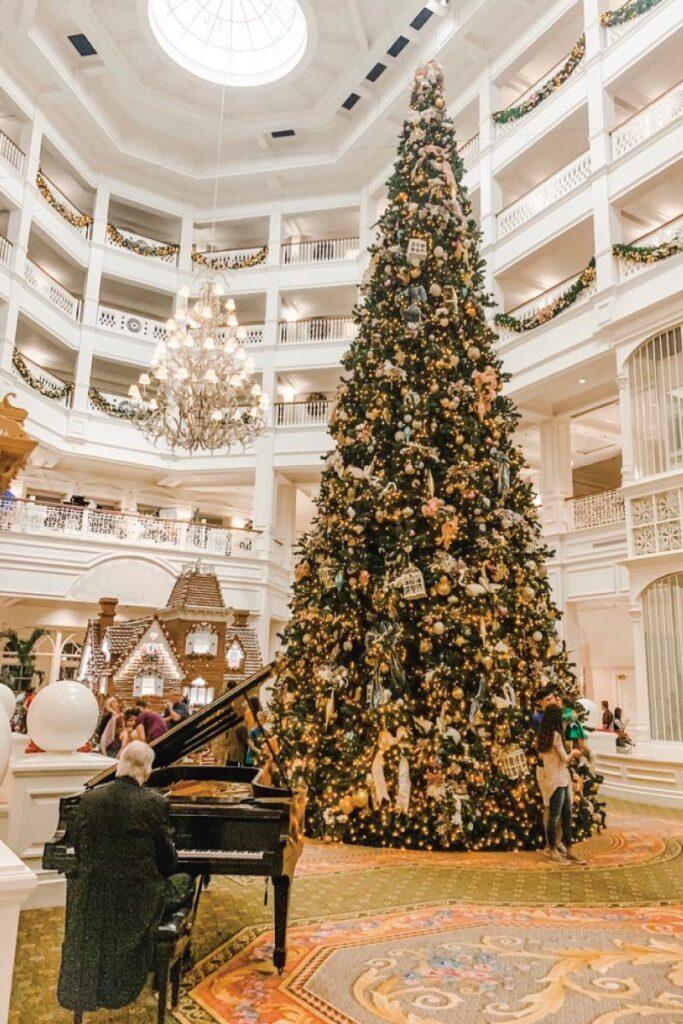Grand Floridian at Christmas